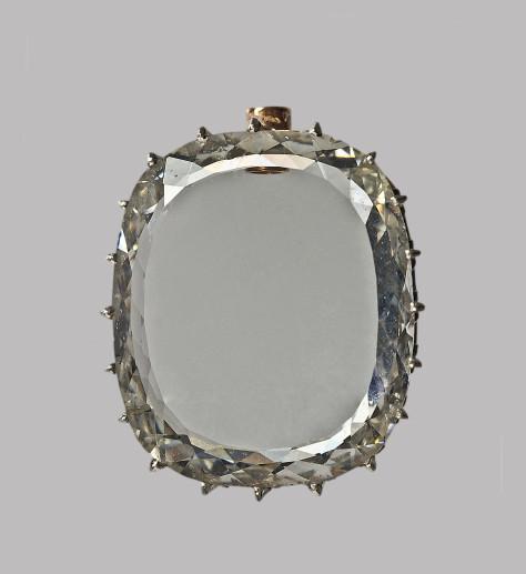 4 Le-grand-diamant-portrait-de-Marie-Louise-d'Autriche(c)MNHN_F.Farges