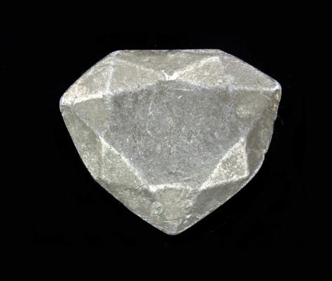8 Mod+¿le-en-plomb-du-diamant-bleu-(avers)(c)MNHN_F.Farges