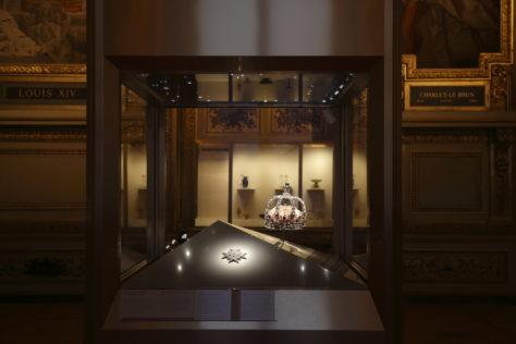 Vitrine des joyaux de la Couronne de France (1530- 1789), galerie d'Apollon © 2020 Musée du Louvre / Antoine Mongodin