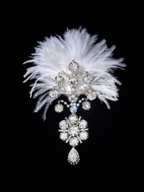 3._Diamond_turban_jewel_made_for_the_Maharaja_of_Nawanagar_1907_remodelled_in_1935_India