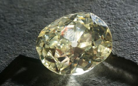 the Eureka diamond 21 25 carats bruts orange river kimberley mine museum 1966