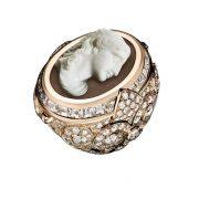 Giampiero Bodino cameo-style ring with diamonds